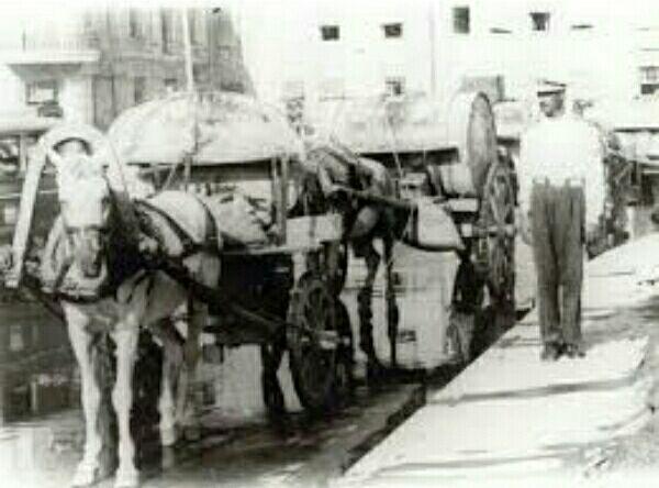 حمل بنزین با اسب و درشکه